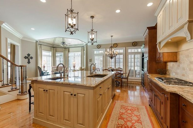 Residential Detached, Traditional - Alpharetta, GA (photo 4)