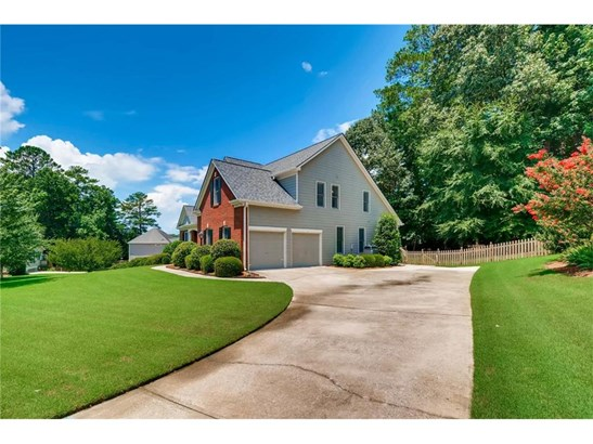 Residential Detached, Traditional - Powder Springs, GA (photo 3)