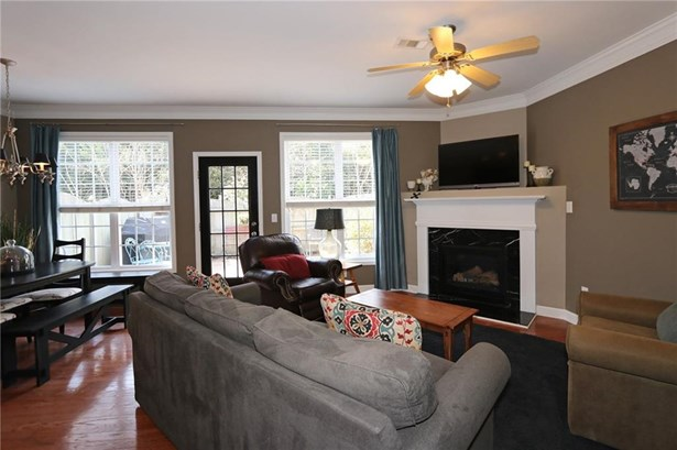 Townhouse,Traditional, Built as Townhouse - Chamblee, GA (photo 4)