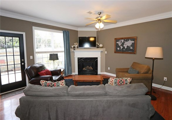 Townhouse,Traditional, Built as Townhouse - Chamblee, GA (photo 5)