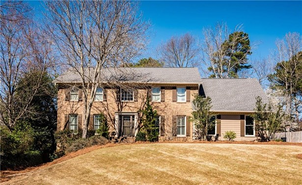 Residential Detached, Traditional - Peachtree Corners, GA (photo 1)