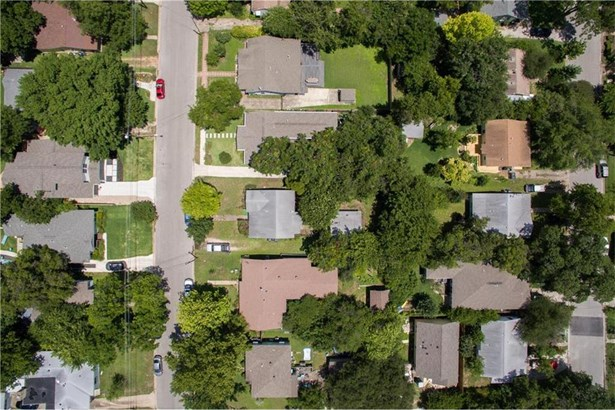 1311 Piedmont Ave, Austin, TX - USA (photo 2)