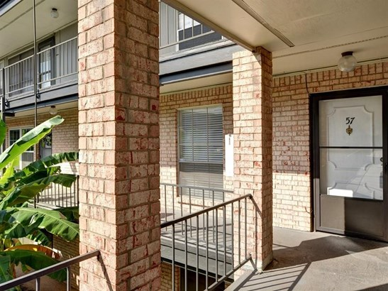 2425 Ashdale Dr  57, Austin, TX - USA (photo 2)