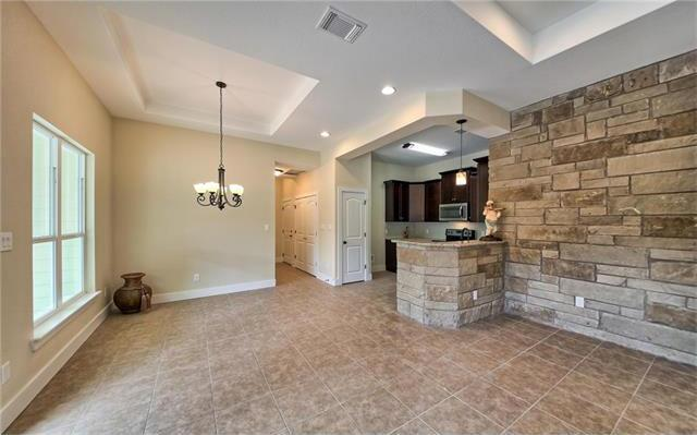 21205 Ridgeview Rd, Lago Vista, TX - USA (photo 4)
