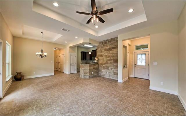 21205 Ridgeview Rd, Lago Vista, TX - USA (photo 5)