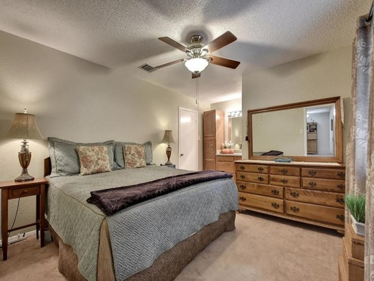 7803 Woodcroft Dr, Austin, TX - USA (photo 4)