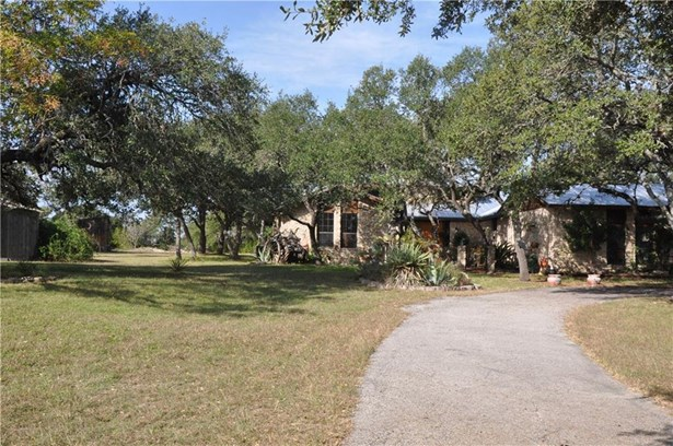 11100 And 11012 Little Thicket Rd, Austin, TX - USA (photo 2)