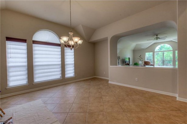 605 Fallen Oaks Dr, Cedar Park, TX - USA (photo 5)