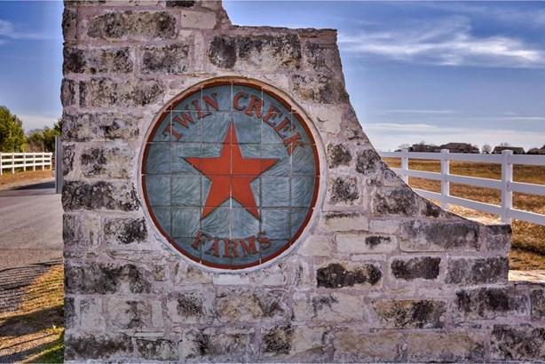 148 Twin Creekview Ln, Georgetown, TX - USA (photo 2)