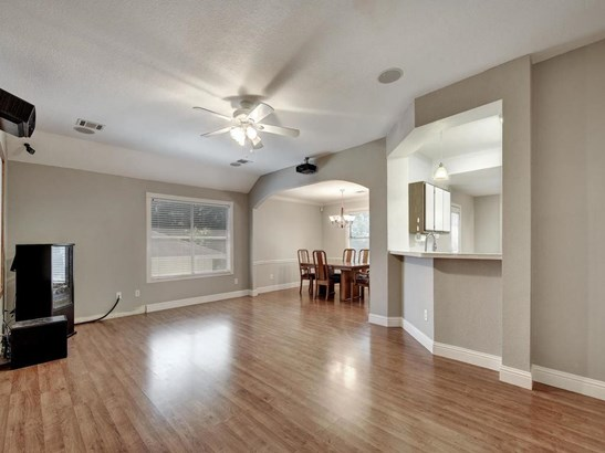 5501 Mesquite Grove Rd, Austin, TX - USA (photo 4)
