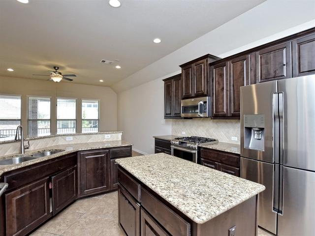 2821 Coral Valley Dr, Leander, TX - USA (photo 2)