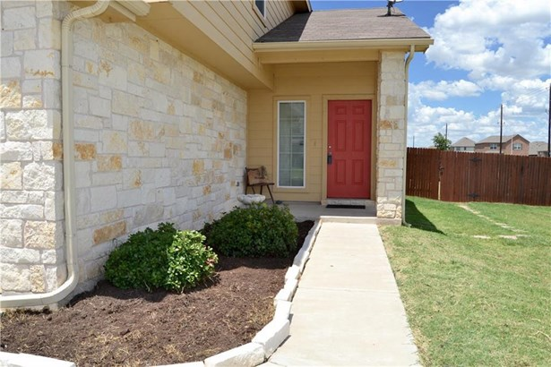 12216 Stoney Meadow Dr, Del Valle, TX - USA (photo 2)