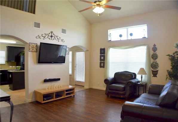 12216 Stoney Meadow Dr, Del Valle, TX - USA (photo 4)