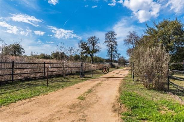 2400 County Road 284, Liberty Hill, TX - USA (photo 5)
