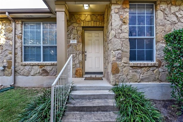 16100 S Great Oaks Dr  203, Round Rock, TX - USA (photo 1)