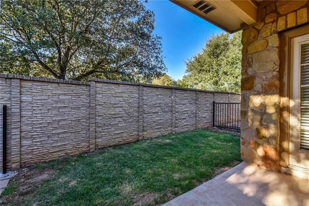 16100 S Great Oaks Dr  203, Round Rock, TX - USA (photo 5)