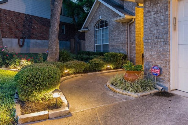 1504 Braxton Valley Cv, Austin, TX - USA (photo 3)