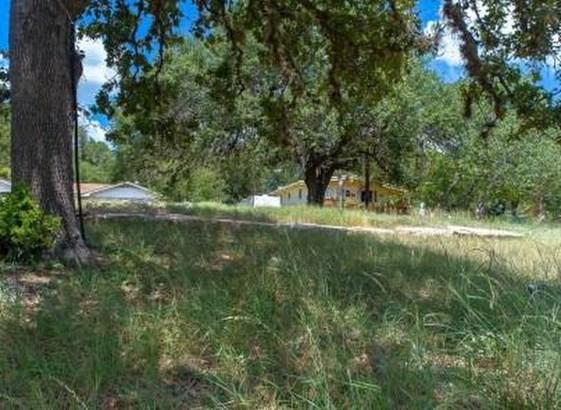 323 Belaire Cir, Granite Shoals, TX - USA (photo 5)