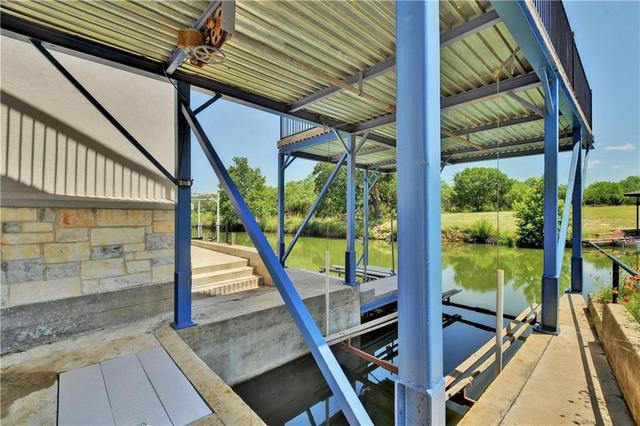 118 Pecan Creek Dr, Horseshoe Bay, TX - USA (photo 3)