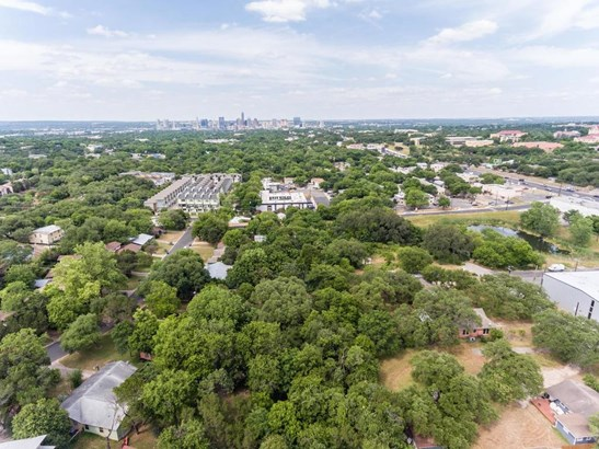 232 Lessin Ln, Austin, TX - USA (photo 2)