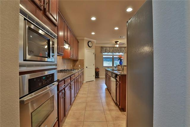 1912 Pecan Valley Dr, Leander, TX - USA (photo 4)