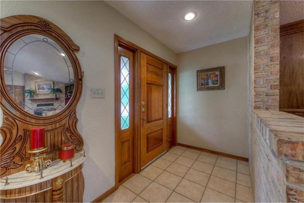 7005 One Oak Rd, Austin, TX - USA (photo 3)
