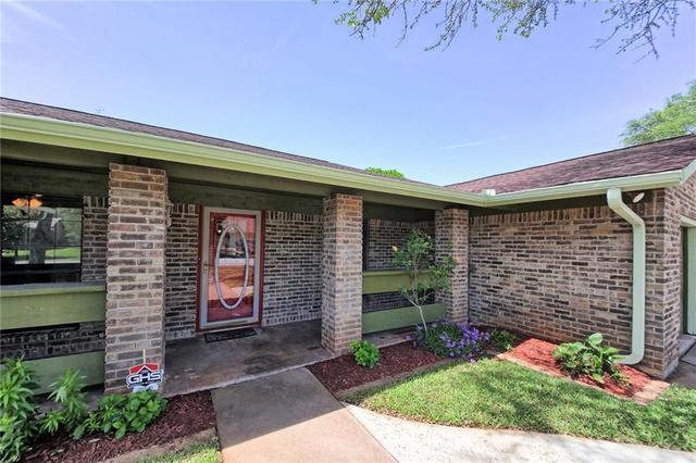 1602 Bluff Dr, Round Rock, TX - USA (photo 4)