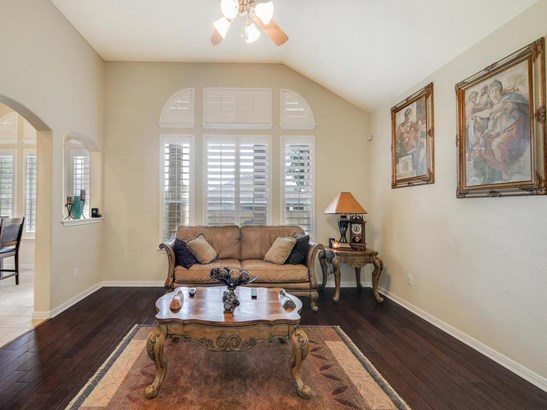 2209 Settlers Park Loop, Round Rock, TX - USA (photo 5)