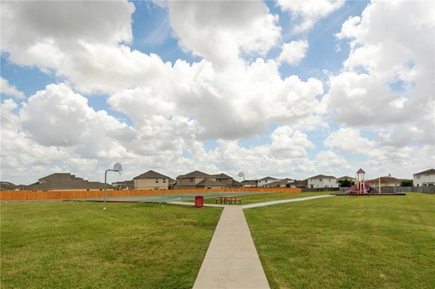 12401 Walter Vaughn Dr, Manor, TX - USA (photo 4)