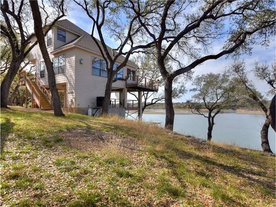 1352 Lake Shore Dr, Spicewood, TX - USA (photo 1)