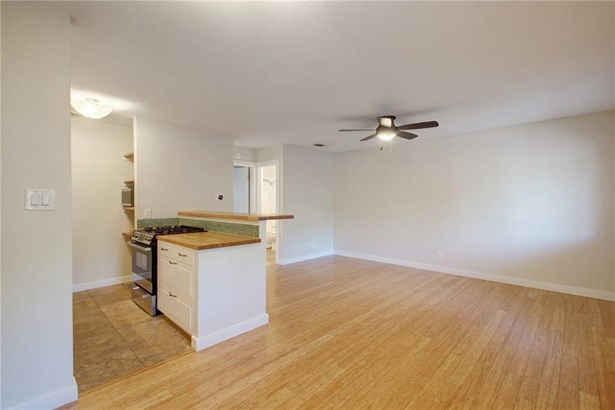 4209 Burnet Rd  203, Austin, TX - USA (photo 5)