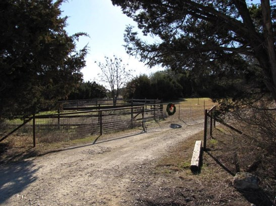 151 County Road 229, Florence, TX - USA (photo 3)