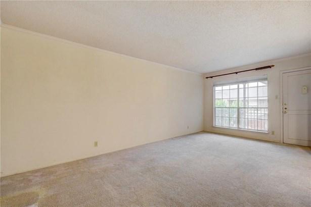 7920 Rockwood Ln  242, Austin, TX - USA (photo 5)