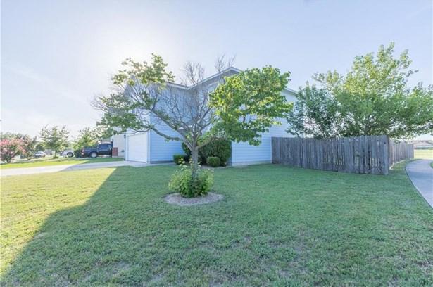 504 W Metcalfe St, Hutto, TX - USA (photo 5)