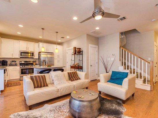 7420 Easy Wind Dr, Austin, TX - USA (photo 5)