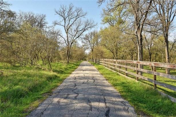 298 Colorado, Cedar Creek, TX - USA (photo 2)