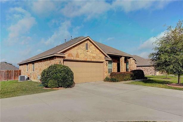 613 Kingston Lacy Blvd, Pflugerville, TX - USA (photo 2)