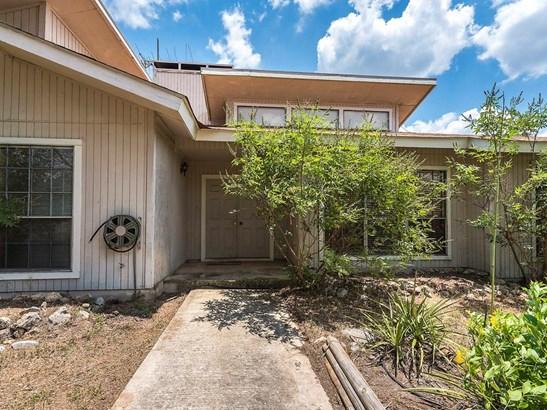 307 Nw Hills Rd, San Marcos, TX - USA (photo 2)