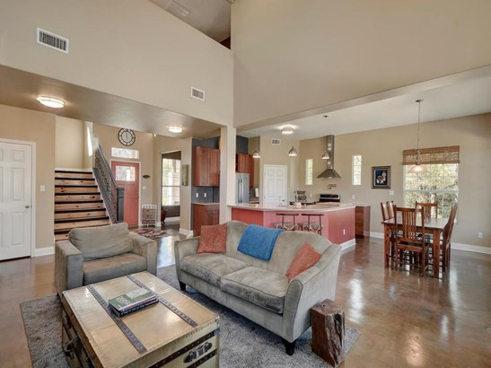 235 Estate Row, Cedar Creek, TX - USA (photo 5)