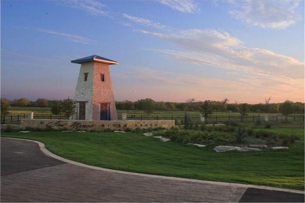 125 River Lakes Lane, Martindale, TX - USA (photo 1)