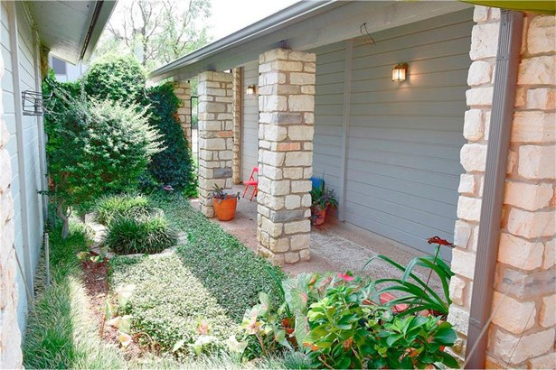 8900 Mariscal Canyon Dr, Austin, TX - USA (photo 3)