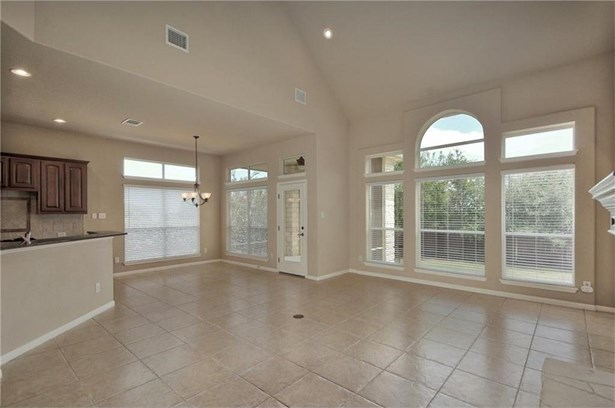 5601 Medicine Creek Dr, Austin, TX - USA (photo 5)
