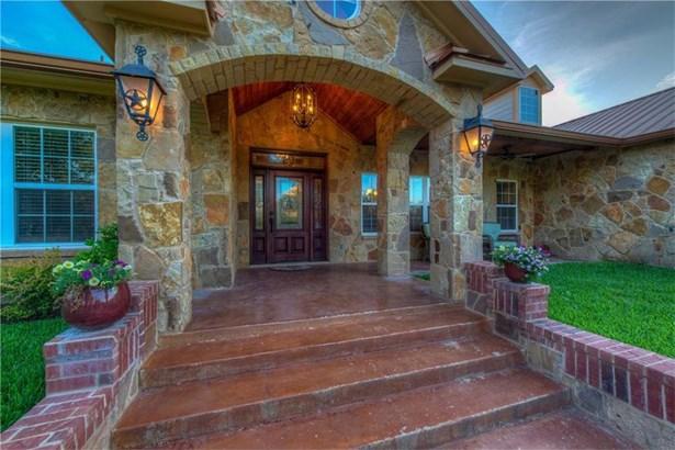 450 Amber Oaks, Burnet, TX - USA (photo 2)