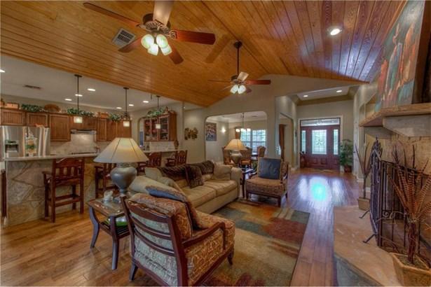 450 Amber Oaks, Burnet, TX - USA (photo 4)