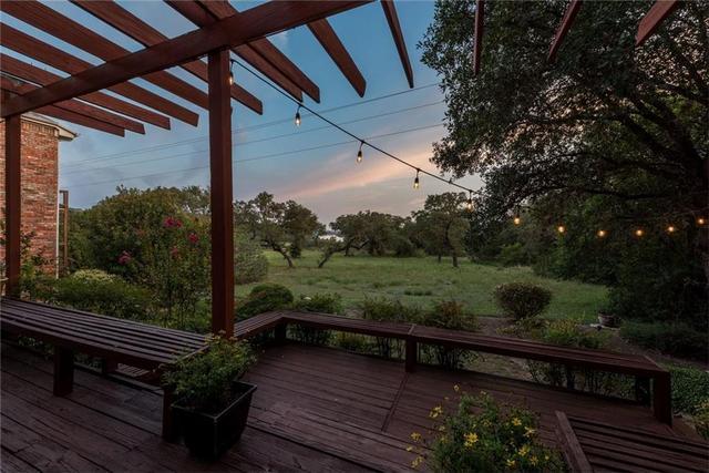 5509 Courtyard Dr, Austin, TX - USA (photo 2)