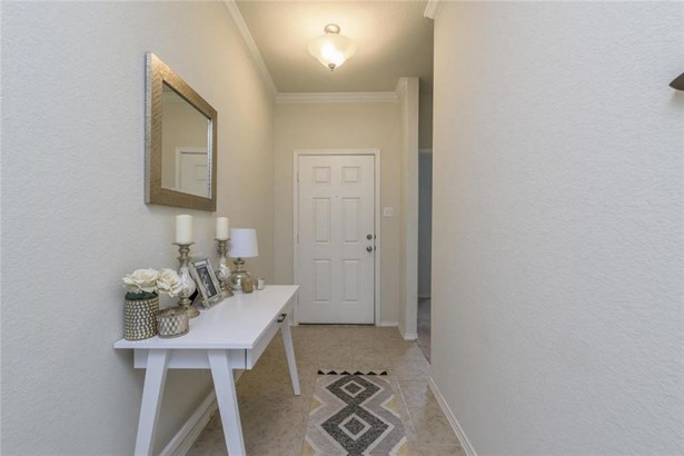204 Golden Butterfly Dr, Leander, TX - USA (photo 5)