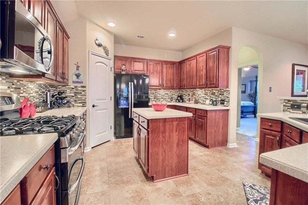 3312 Pasqueflower Pass, Pflugerville, TX - USA (photo 5)