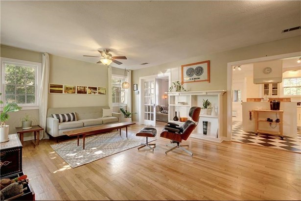 128 W Mockingbird Ln, Austin, TX - USA (photo 3)