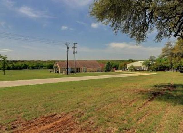 700 Stubblefield Ln, Liberty Hill, TX - USA (photo 3)