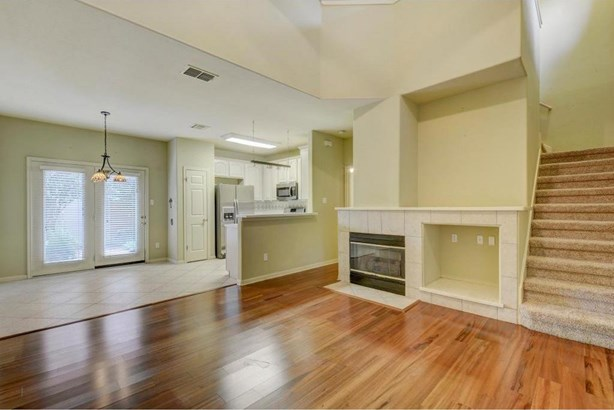 2100 Pipers Field Dr  5, Austin, TX - USA (photo 4)
